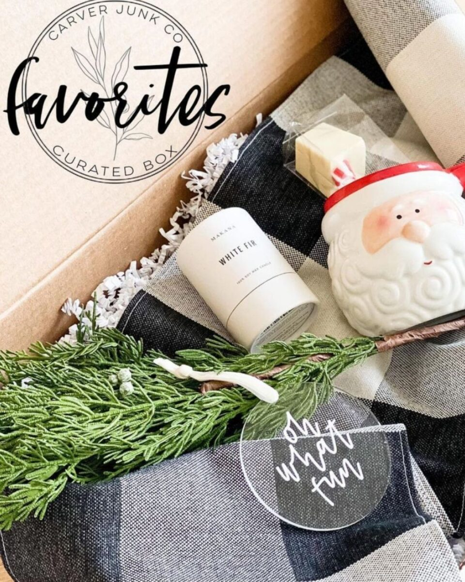 Christmas decoration subscription box Mother's Day gift guide