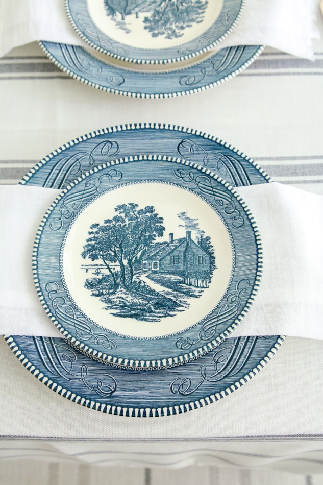 4th of July place setting using Currier and Ives blue dishes