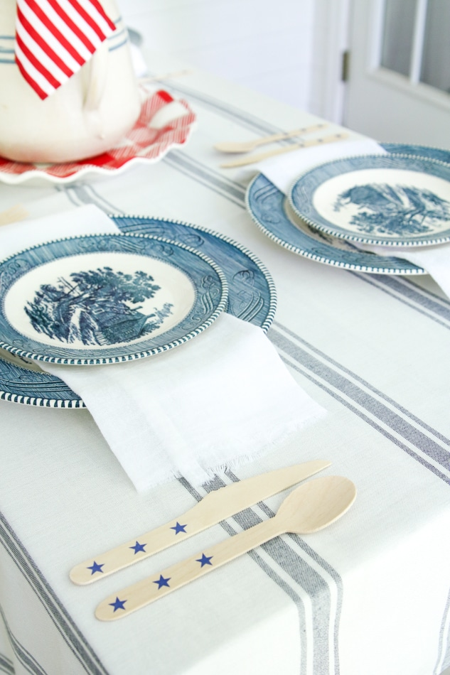 Patriotic style place setting