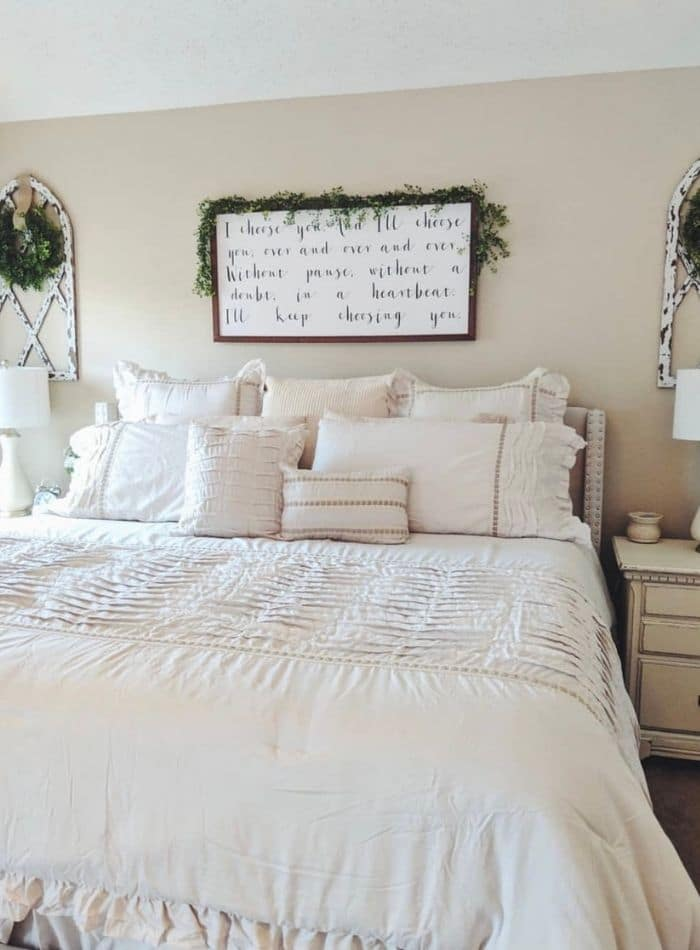 Bedroom painted in Behr Antique white